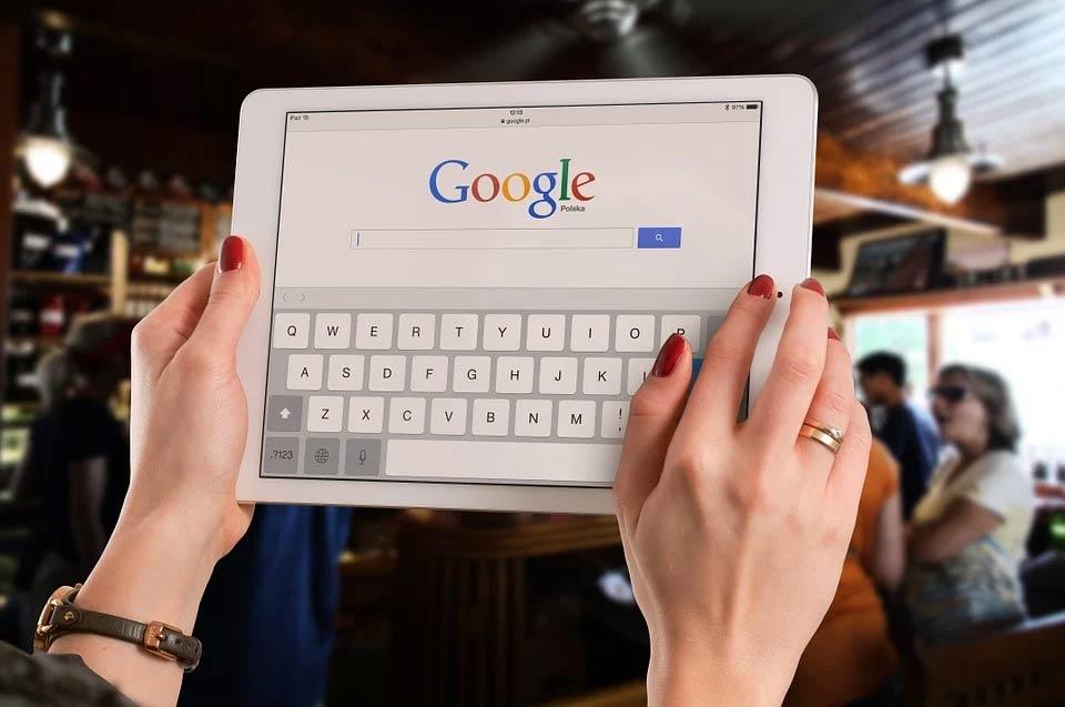 Czym jest indeksowanie witryn w rankingu wyszukiwarki i czym są algorytmy Google